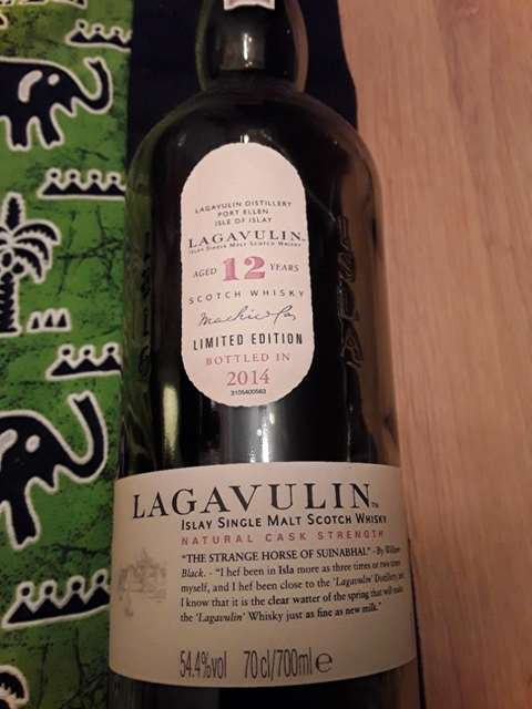 Lagavulin 12 year old Cask strength no. 14